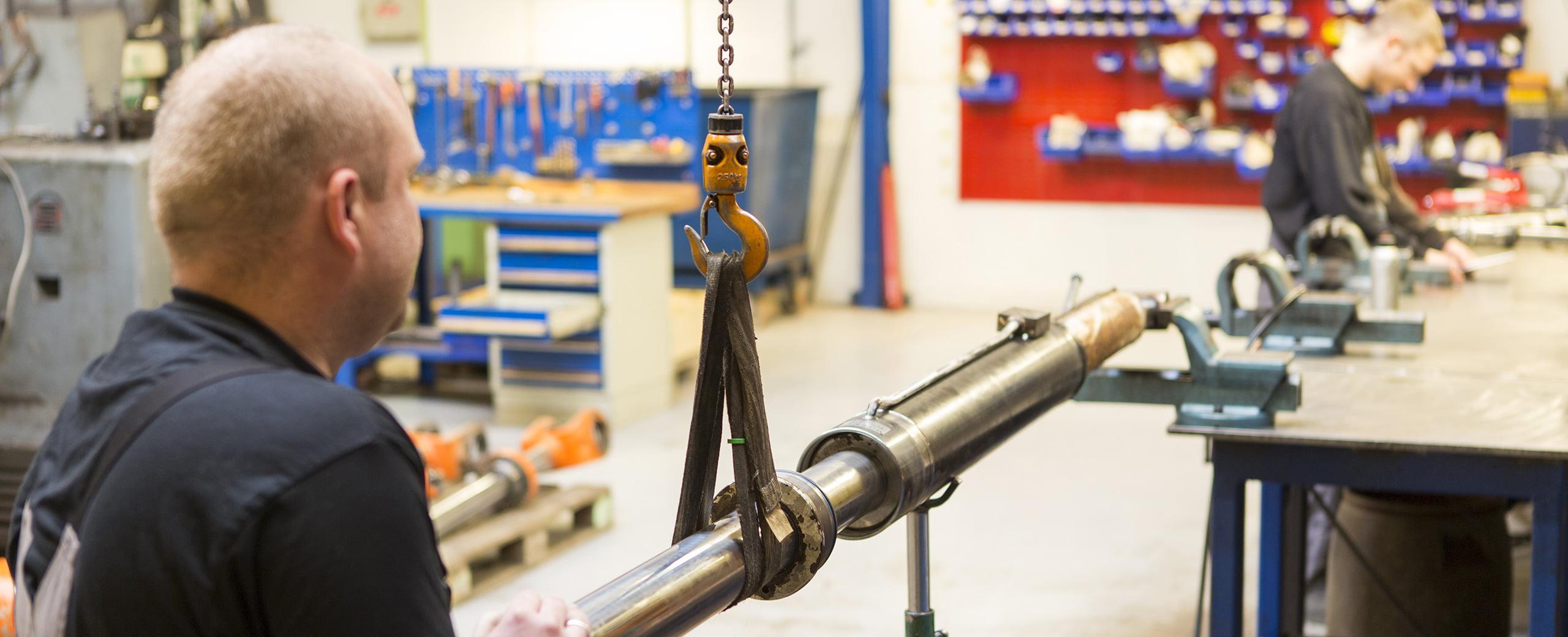 reparation af hydraulik cylinder